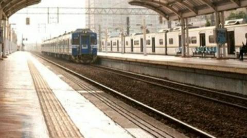 Chhoti-sasaram-train