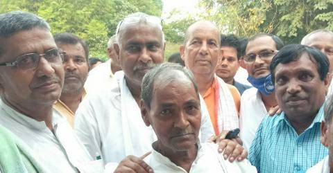 Phuladi-Road-sandesh-LJP-Man