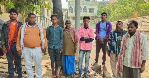 Bihiya-station-Basantpur-youth.jpg