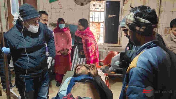 Dhanupara Ara - आरा में पूर्व के विवाद को लेकर युवक की जमकर पिटाई