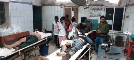 Dhobha Pawana Bhojpur- car hit into bike, two injured