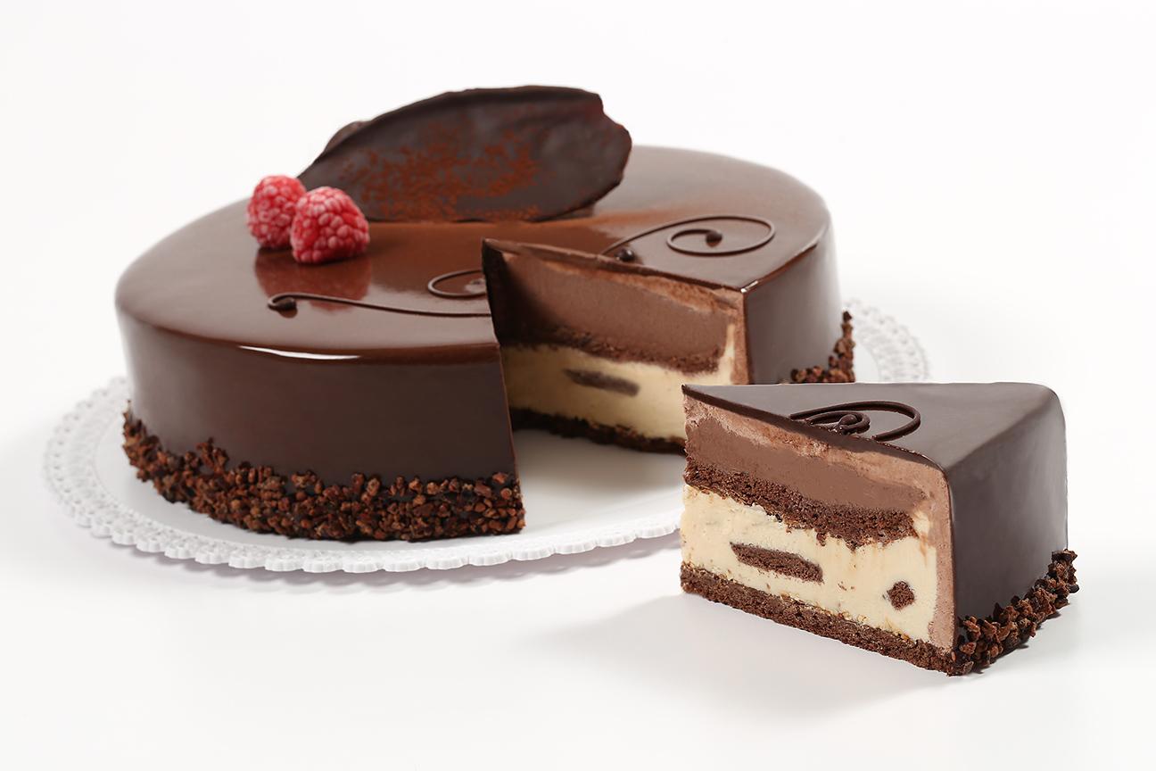 WEB_12x18_72dpi_Gelato Cake Setteveli Cut_8835