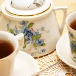 """Read more about the article """"A Cup of Christmas Tea"""" (Tom Hegg)"""