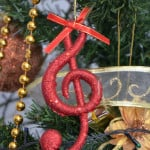 Read more about the article Christmas songs: Hula-Hoops & hippopotamuses
