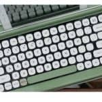Read more about the article Penna Typewriter Style Retro Bluetooth Keyboard