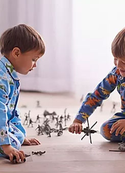 Two kids play