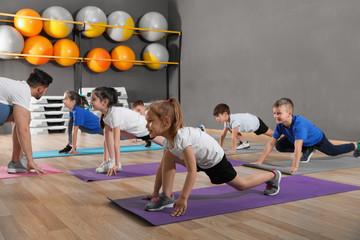 kids doing yoga