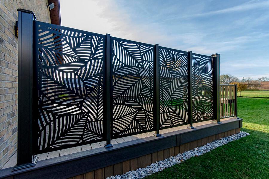 custom deck privacy screen