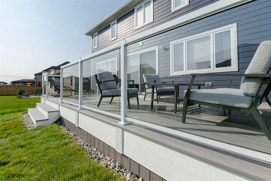 custom glass deck railing