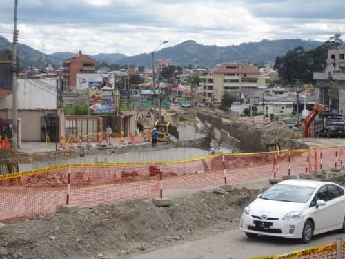 building cost in ecuador