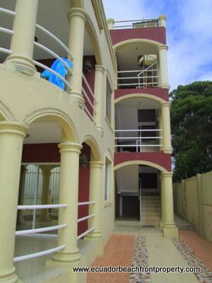 crucita-real-estate-for-sale