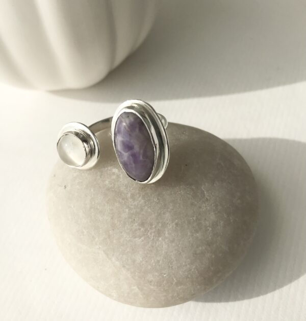 Double Sterling Ring with Amethyst and Moonstone