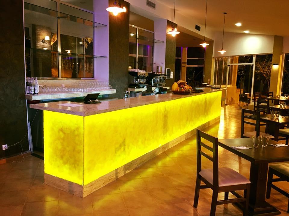 Restaurant-Le-Paradou-Complete-1