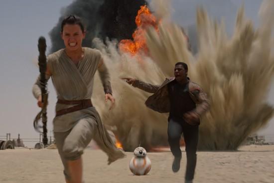 Star-Wars-Force-Awakens rey finn bb8 movie spoon