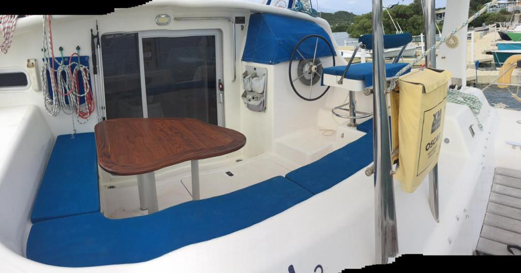 Cockpit_225906