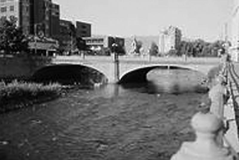 Virginia St. Bridge