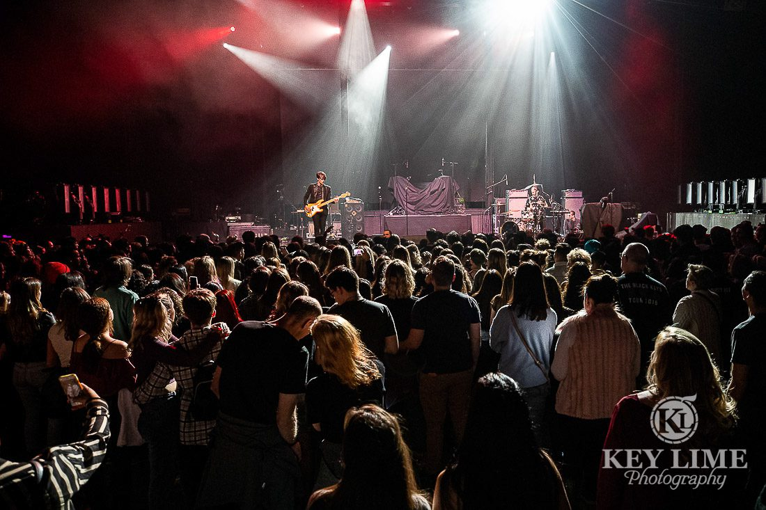 Holiday Havoc event photography in Las Vegas, Matthew Healy and The 1975 headline the show. - Key Lime Photo