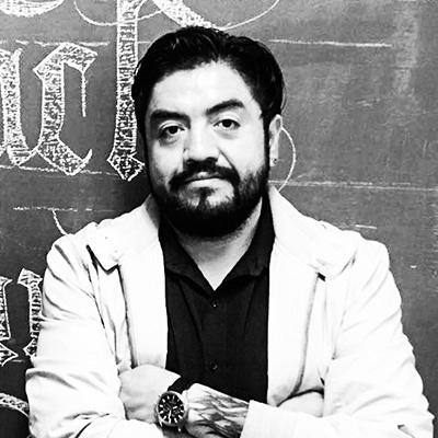 Dr. Armando Pineda Cruz