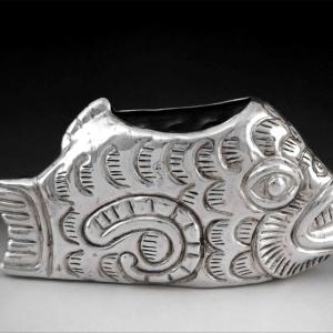 Florero pez prehispánico