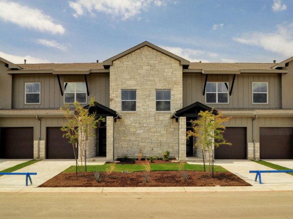 Novo Homes Townhome Exteriors Photo