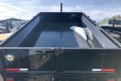 B001585-trailer-back