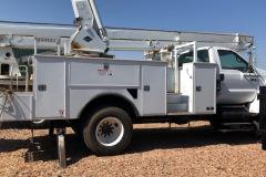 Bucket-truck-75645-side