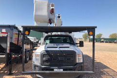 Bucket-truck-EA71490-front