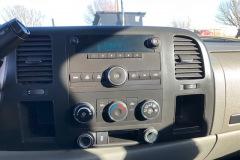 Truck-238867-int.-Radio