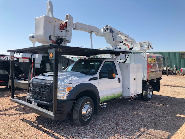 bucket trucks for sale in amarillo