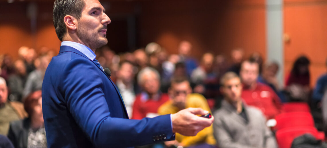 How to Overcome A Fear of Public Speaking