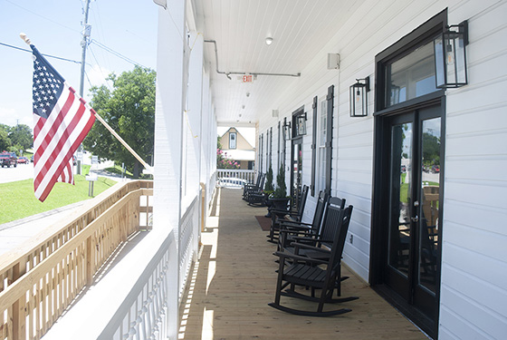 The front porch at il Cigno Italiano, the ideal setting for your next event