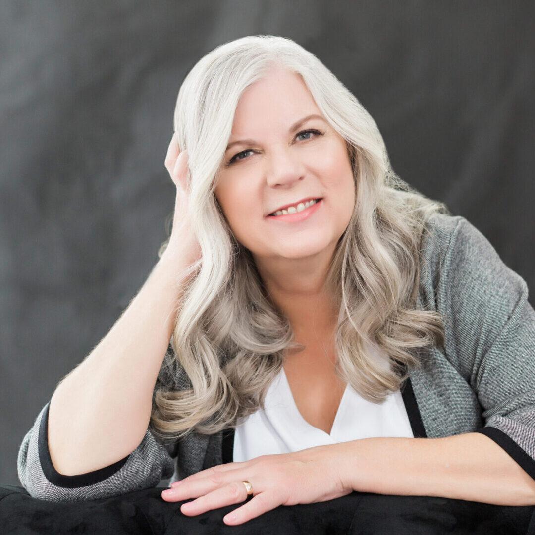 Christie Galon Web Sized Branding Portrait (Feb 2019)-1