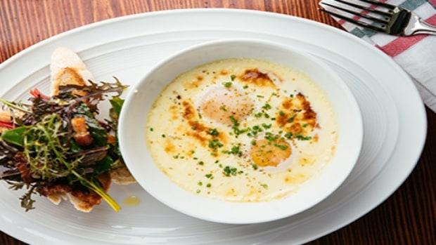 mj-618_348_baked-farmers-eggs-with-fennel-cream-sauce-baked-eggs-5-ways
