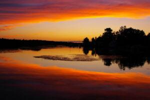 port-wing-marina-holiday-pines-resort-sunset