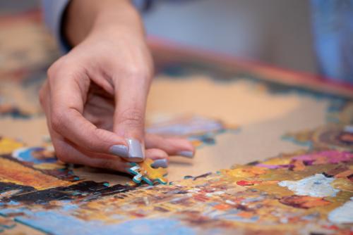 Jigsaw puzzle by Pranav Kukreja shutterstock_1284070084