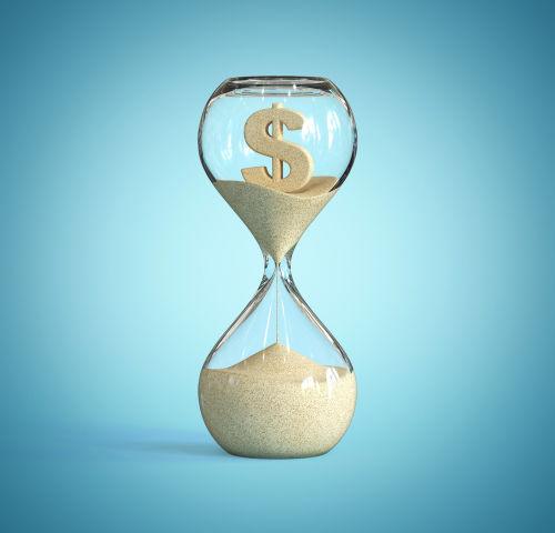 Hourglass by Koya979 shutterstock_1494836309 (1)