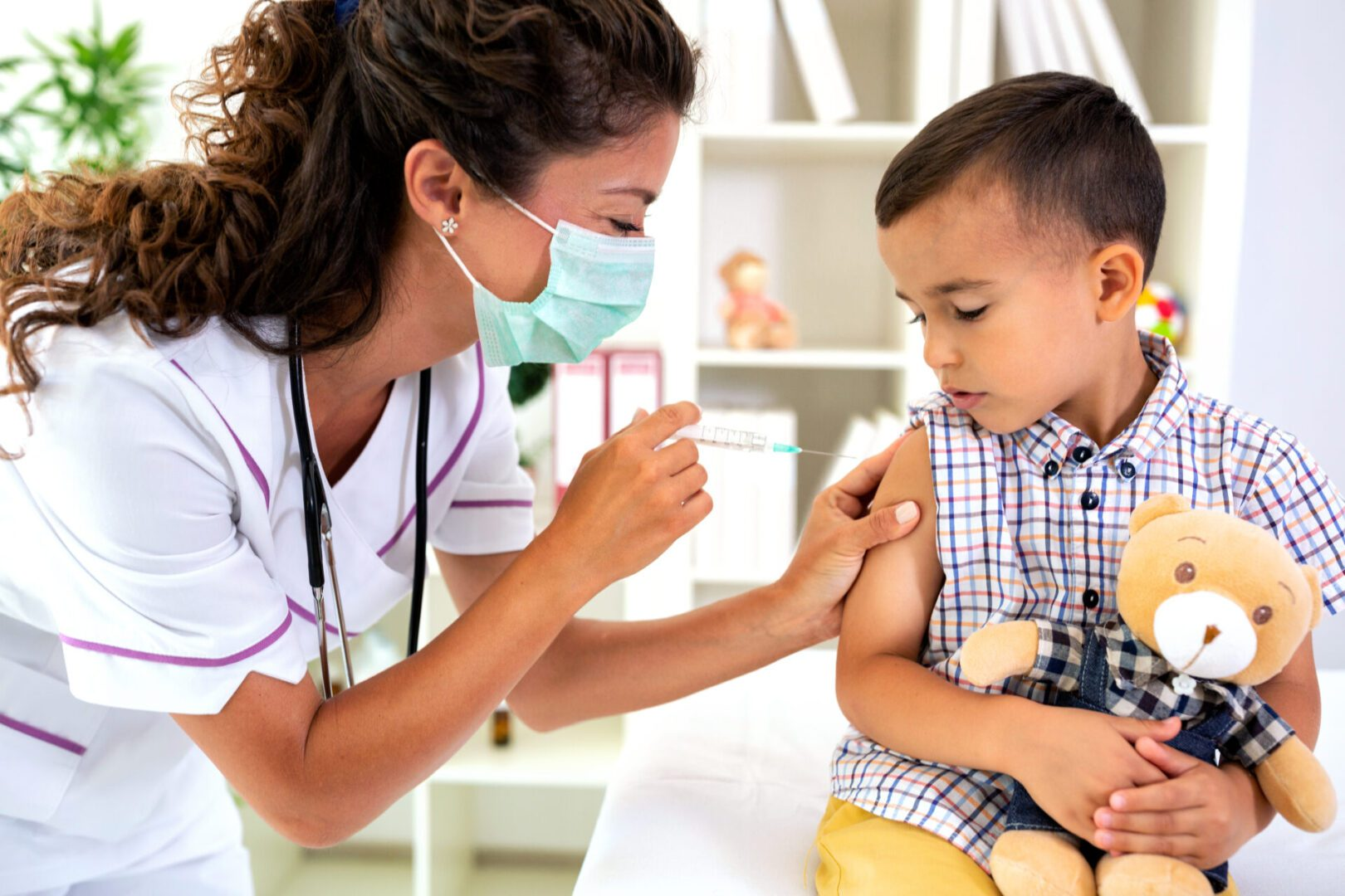 A,Boy,Taking,A,Vaccine,Shot,With,No,Fear,In