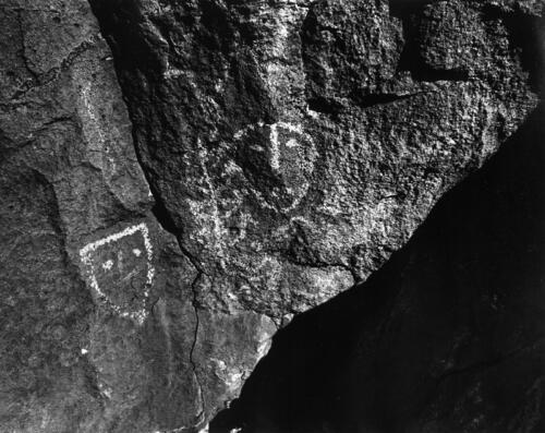 Petroglyphs, 1980s-009