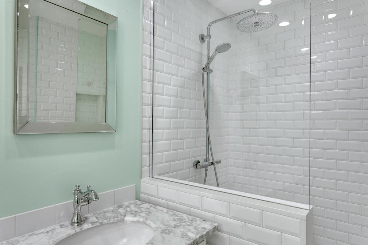 Bathroom07internet