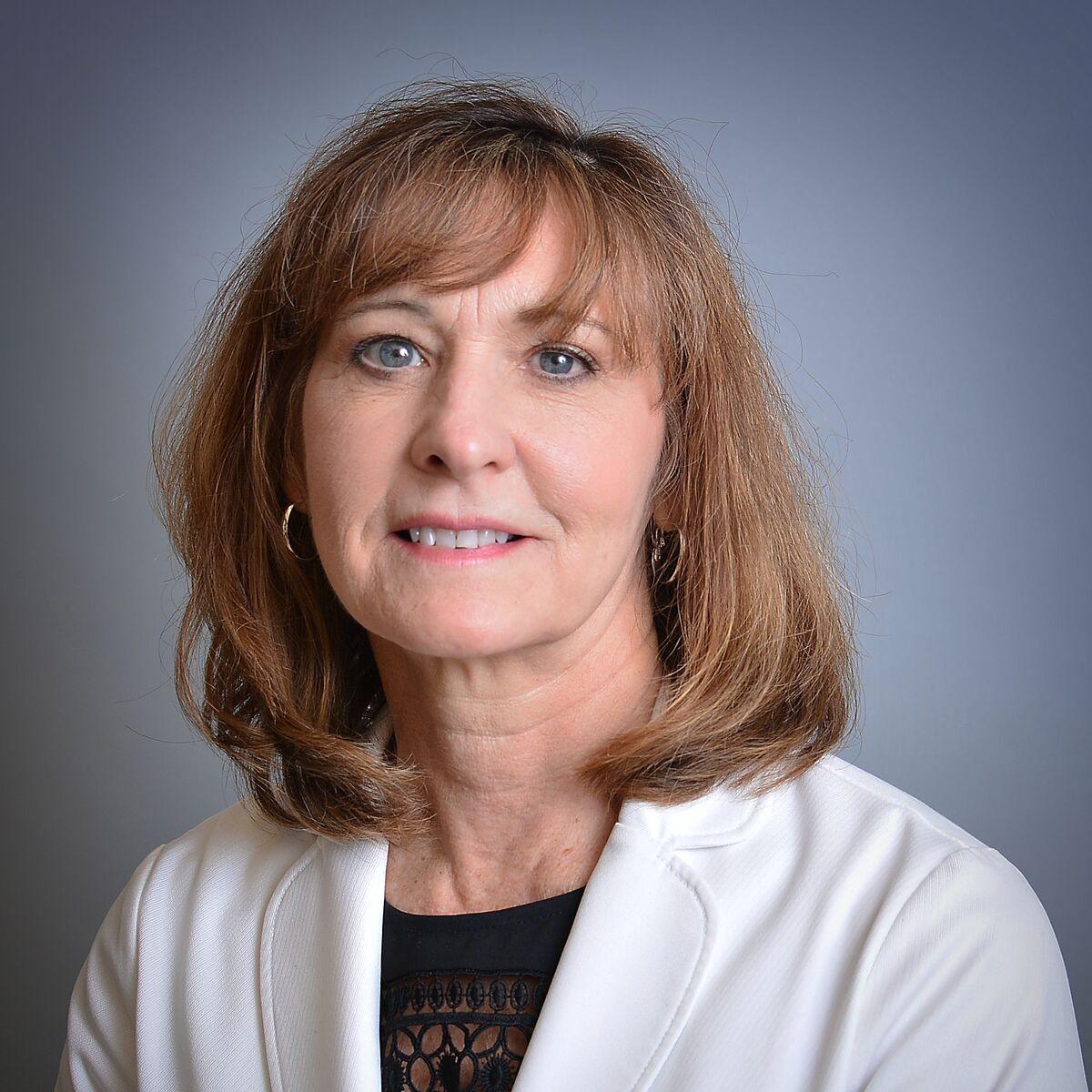 Dr. Linnette Sells