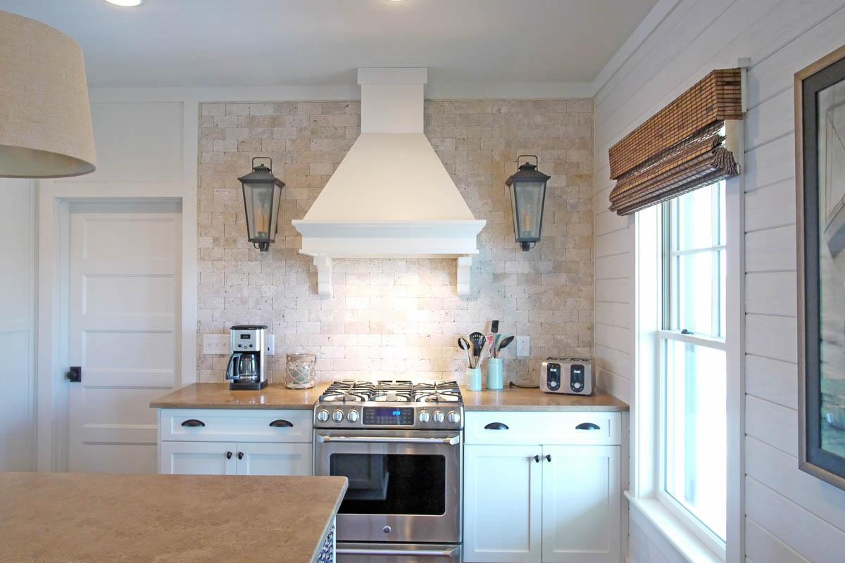 Johnsons custom interior - kitchen2_4x3_60