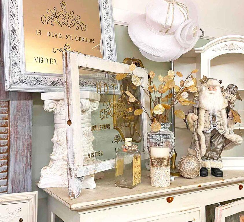 Cozy Cottage Antiques & Collectibles