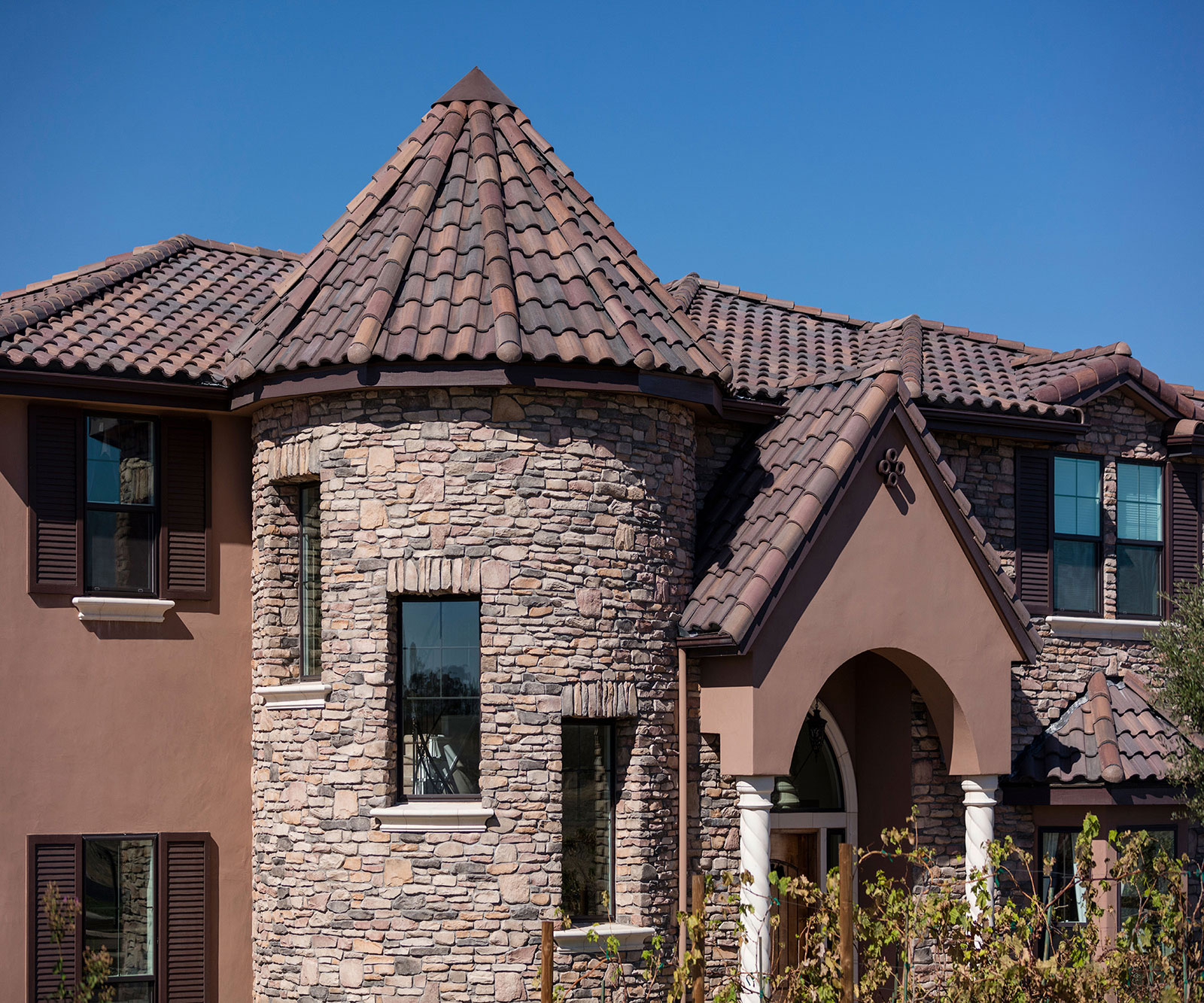 You are currently viewing Concrete Roof Tiles Guide