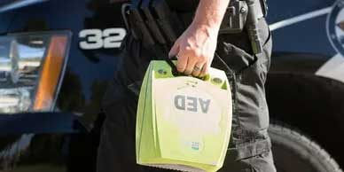 SAVING LIVES WITH LAW ENFORCEMENT AED PROGRAMS