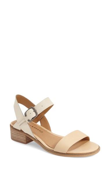 _block heels 12