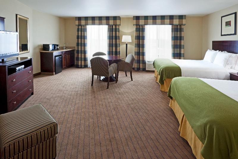 Holiday Inn Express Syracuse North Airport