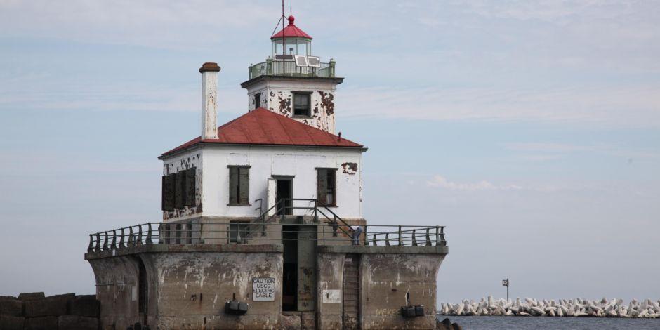 Oswego Harbor West Pierhead Light Lighthouse