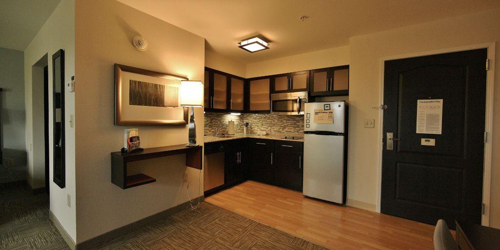 staybridge-suites-liverpool-3498730290-2×1