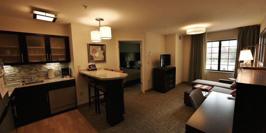 staybridge-suites-liverpool-3503920033-2×1