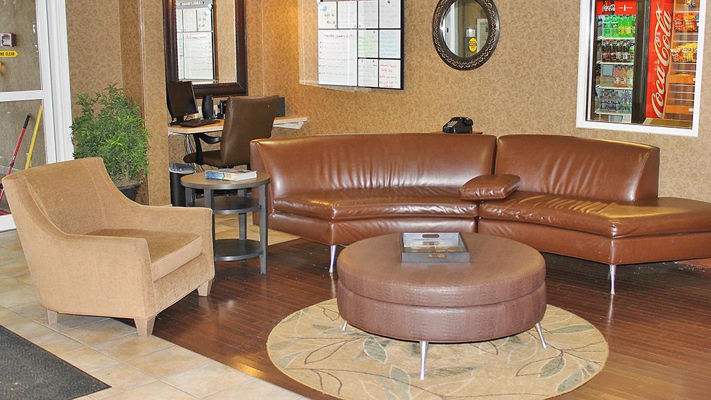 candlewood-suites-north-syracuse-lobby